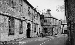 Mere, The Ship Hotel c.1955