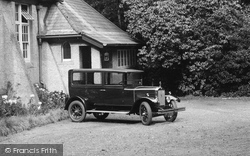 Merrow, Car At The Institute 1927