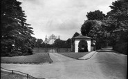 Merrow, Clandon Park Gates 1936