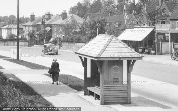 Merrow, Epsom Road, Bus Shelter 1936