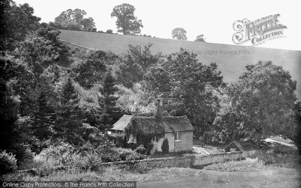Photo of Merrow, Fairyland, Keepers Cottage 1927