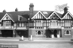 Merstham, The Feathers c.1965