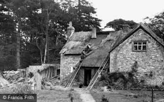 Merthyr Mawr, Rethatching the Old School c1955