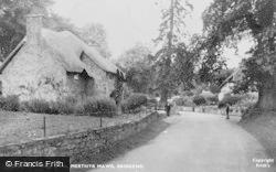 The Village Green 1937, Merthyr Mawr