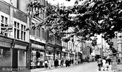 Merthyr Tydfil, High Street c.1955