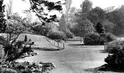 Merthyr Tydfil, Thomas Town Park c.1960