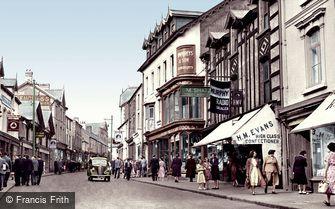 Merthyr Tydfil, Upper High Street c1955