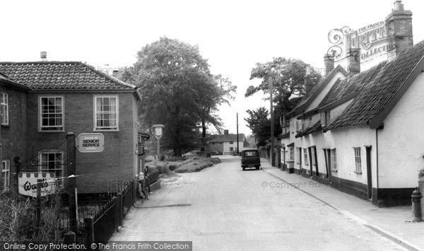Photo of Metfield, The Village Street c.1960