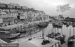 Mevagissey, The Harbour 1935