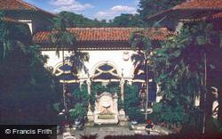 Villa Vizcaya 1982, Miami