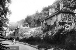 Chalkpit Cottages 1904, Mickleham