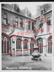 Muntplein c.1935, Middelburg
