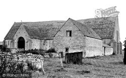 Middle Littleton, The Old Tithe Barn c.1960