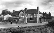 Middle Wallop, the George Inn c1965