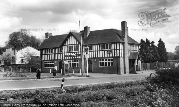 Photo of Middle Wallop, the George Inn c1965