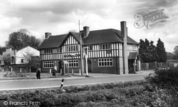 Middle Wallop, The George Inn c.1965