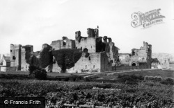 Middleham, Castle 1893