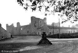 Castle And Cross c.1932, Middleham