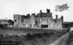 Middleham, The Castle c.1960