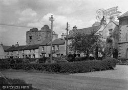 The Castle From Town c.1960, Middleham
