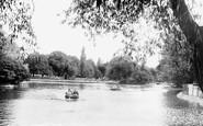 Middlesbrough, the Lake, Albert Park c1955