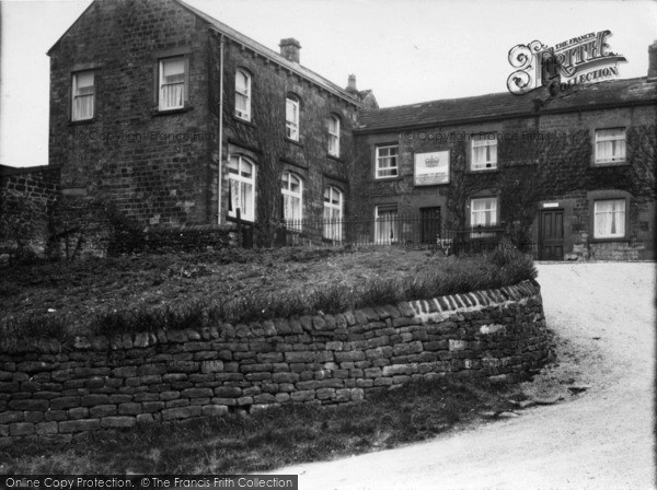 Photo of Middlesmoor, The Crown Hotel c.1935