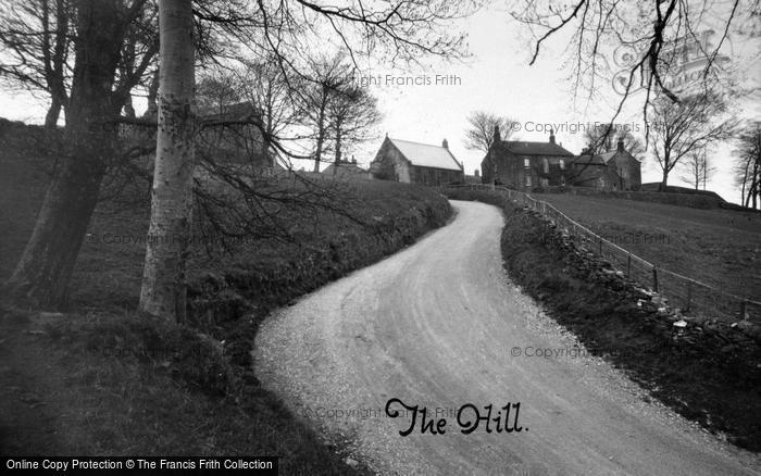 Photo of Middlesmoor, The Hill c.1935