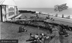 Middleton-on-Sea, Southdean Holiday Centre Looking East c.1960