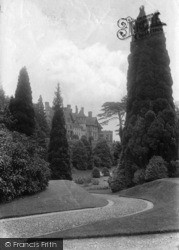 Midhurst, Cowdray House Gardens 1913