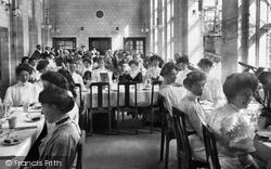 Midhurst, King Edward's Sanatorium, Dining Room 1907