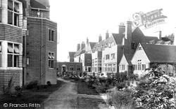 Midhurst, King Edward's Sanatorium, East Court 1907
