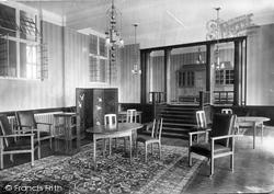 Midhurst, King Edward's Sanatorium, One Of The Best Sitting Rooms 1906