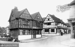 Midhurst, Old Market House And The Spread Eagle Hotel 1923