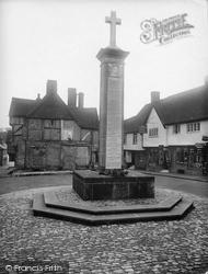 Midhurst, War Memorial 1923
