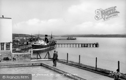 Milford Haven, The Jetties 1948