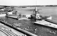 Milford Haven, the Swimming Pool c1960
