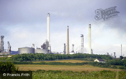 View Towards Texaco Oil Refinery, Rhoscrowther c.2000, Milford Haven