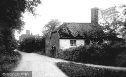 Milford, Oxted Green 1906