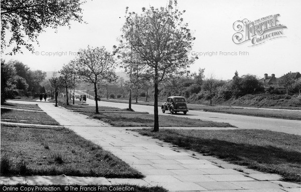 Photo of Mill Hill, Edgeware Way c.1955