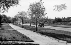 Mill Hill, Edgeware Way c.1955