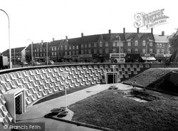 Mill Hill, Northway Circus c.1965