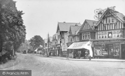 Mill Hill, The Broadway c.1915