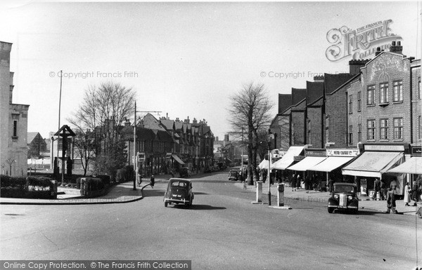 Photo of Mill Hill, The Broadway c.1950