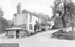 Mill Hill, The Forge And Cottage c.1930