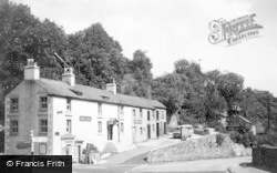 The Railway Hotel c.1930, Miller's Dale