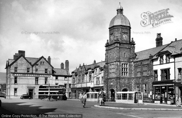 Photo of Millom, Market Square c.1950