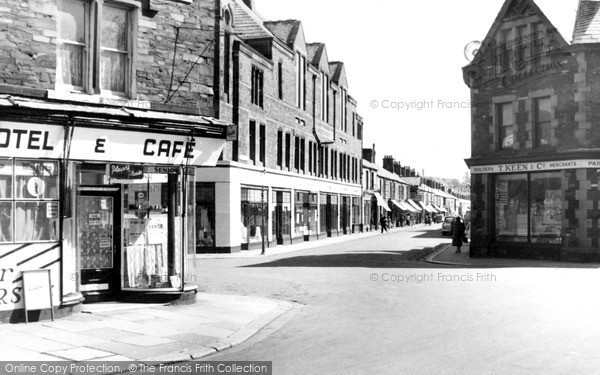 Millom, Wellington Street c1960.  (Neg. M277035)  � Copyright The Francis Frith Collection 2008. http://www.francisfrith.com