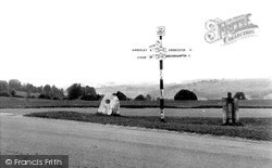 Minchinhampton, Tom Long's Post c.1960