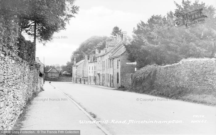 Photo of Minchinhampton, Windmill Road c.1960