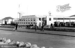 The Swimming Pool 1939, Minehead